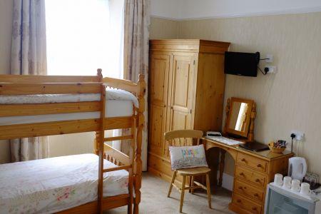Room 3_2.jpg